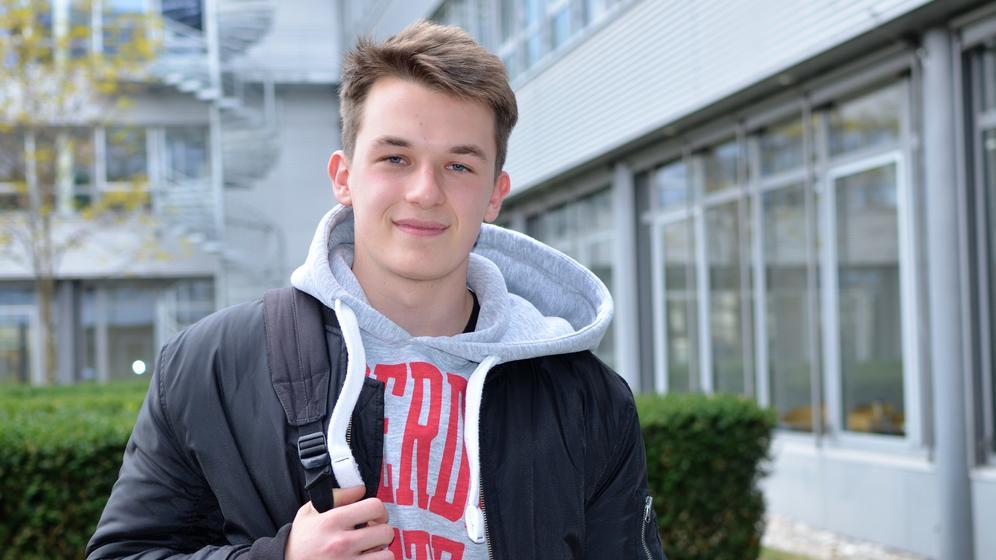 Porträtfoto von jungem Schüler | Bild:BR