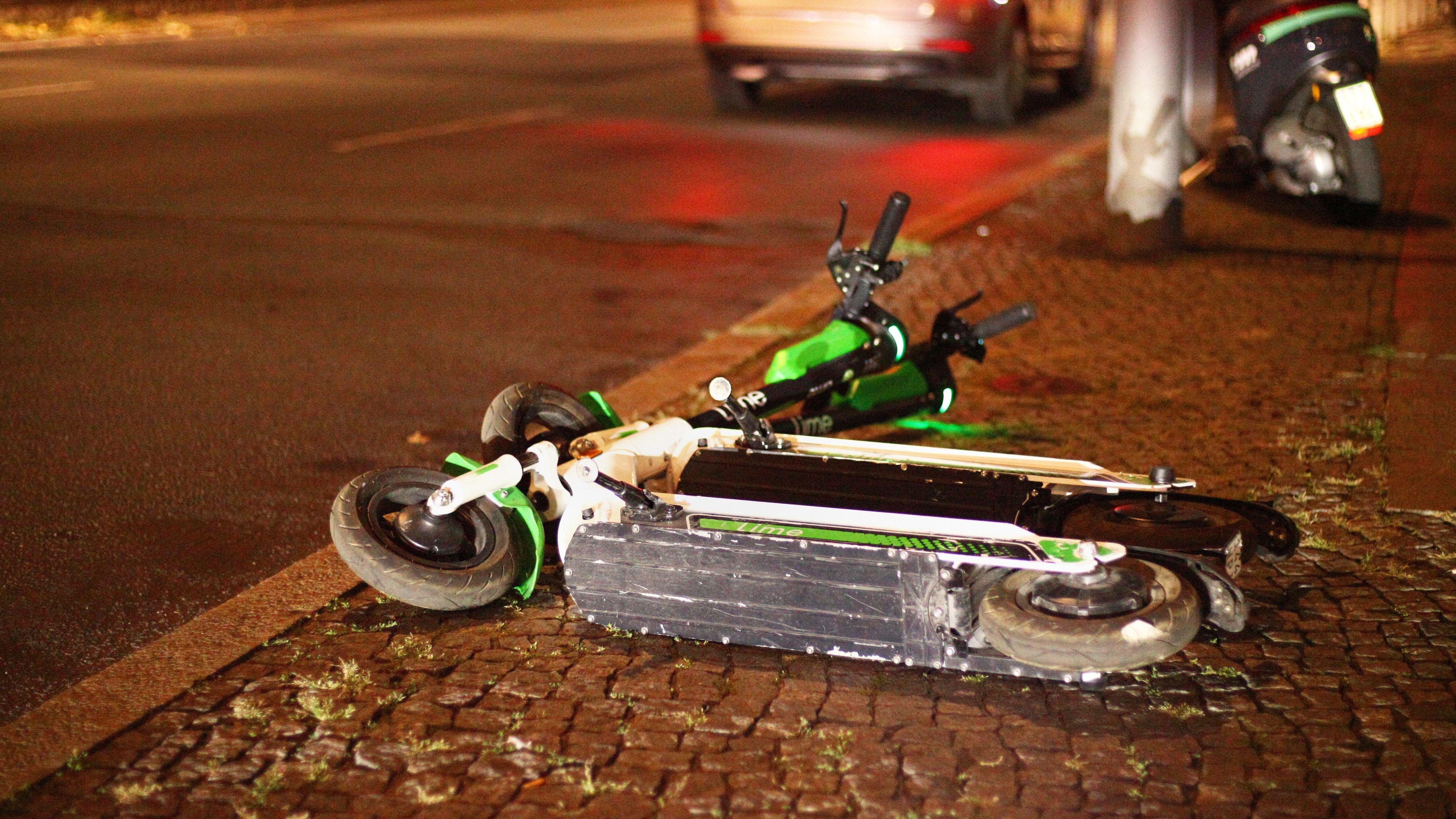 E-Scooter auf der Straße (Symbolbild)
