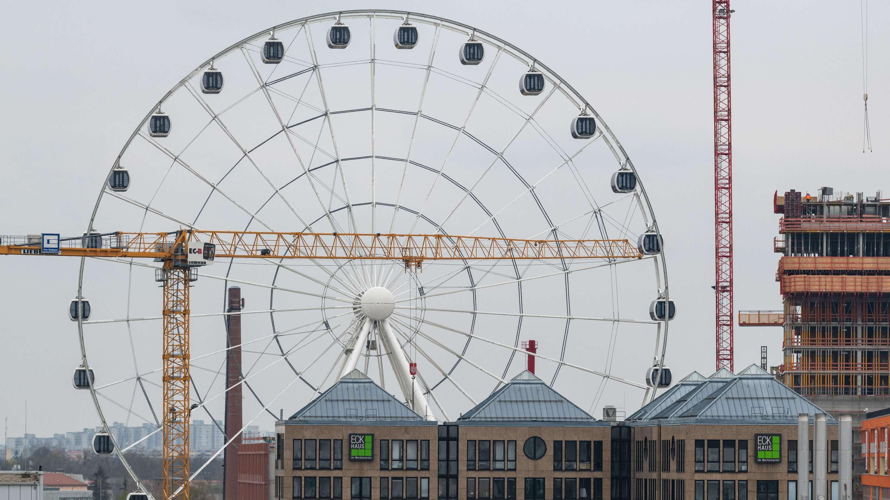 Das neue Riesenrad im Münchner Werksviertel