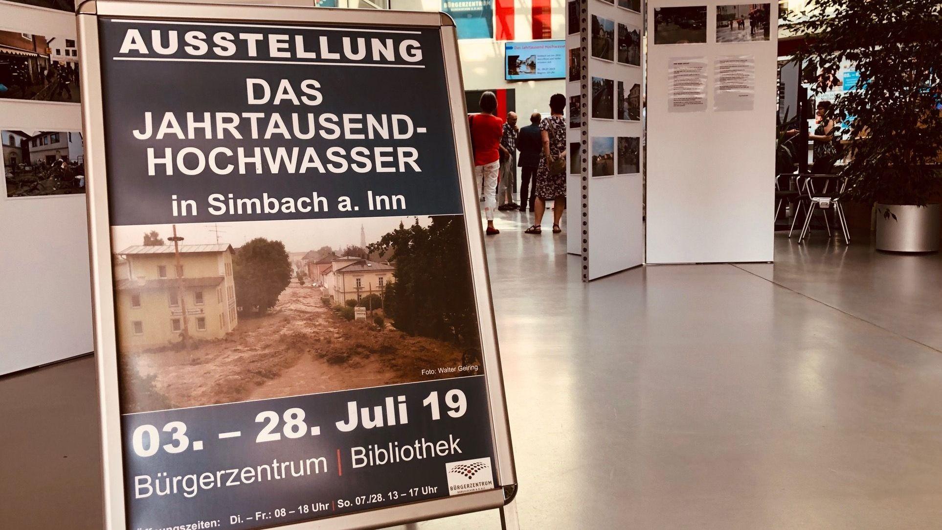 """Vom 3. bis zum 28. Juli kann die Ausstellung """"Das Jahrtausend-Hochwasser"""" von Simbach am Inn in Burgkirchen gesehen werden"""