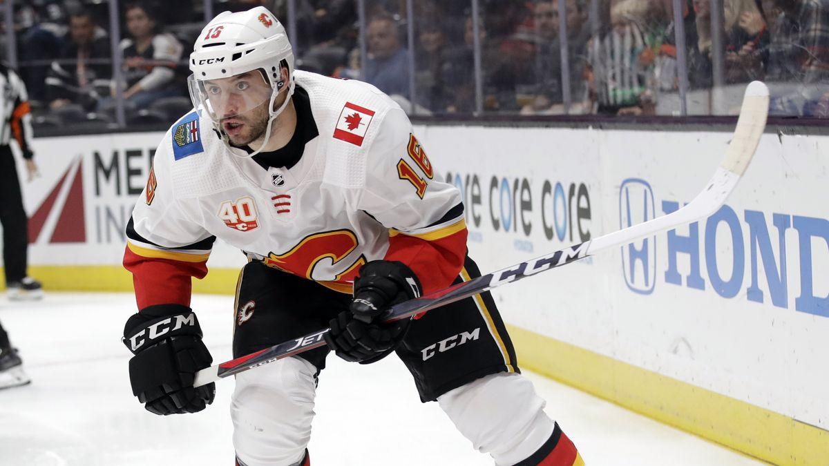 Der Landshuter Eishockey-Profi Tobias Rieder wechselt von Calgary nach Buffalo.