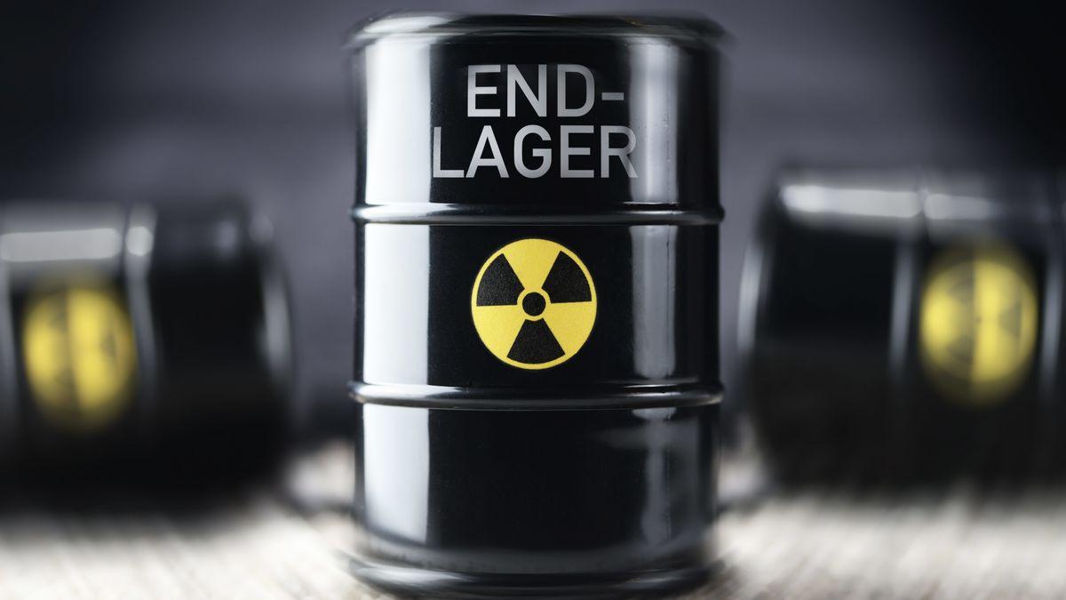 Atommüll-Fass mit der Aufschrift Endlager