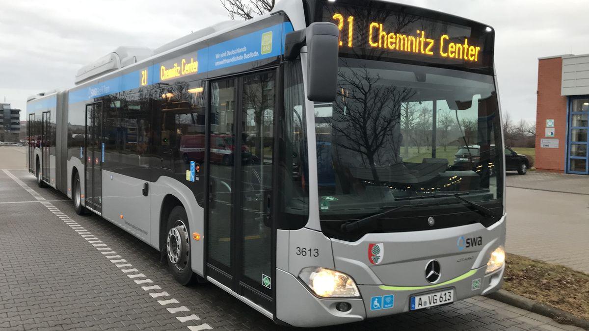 Die Chemnitzer Verkehrsbetriebe testen einen Augsburger Hybridbus