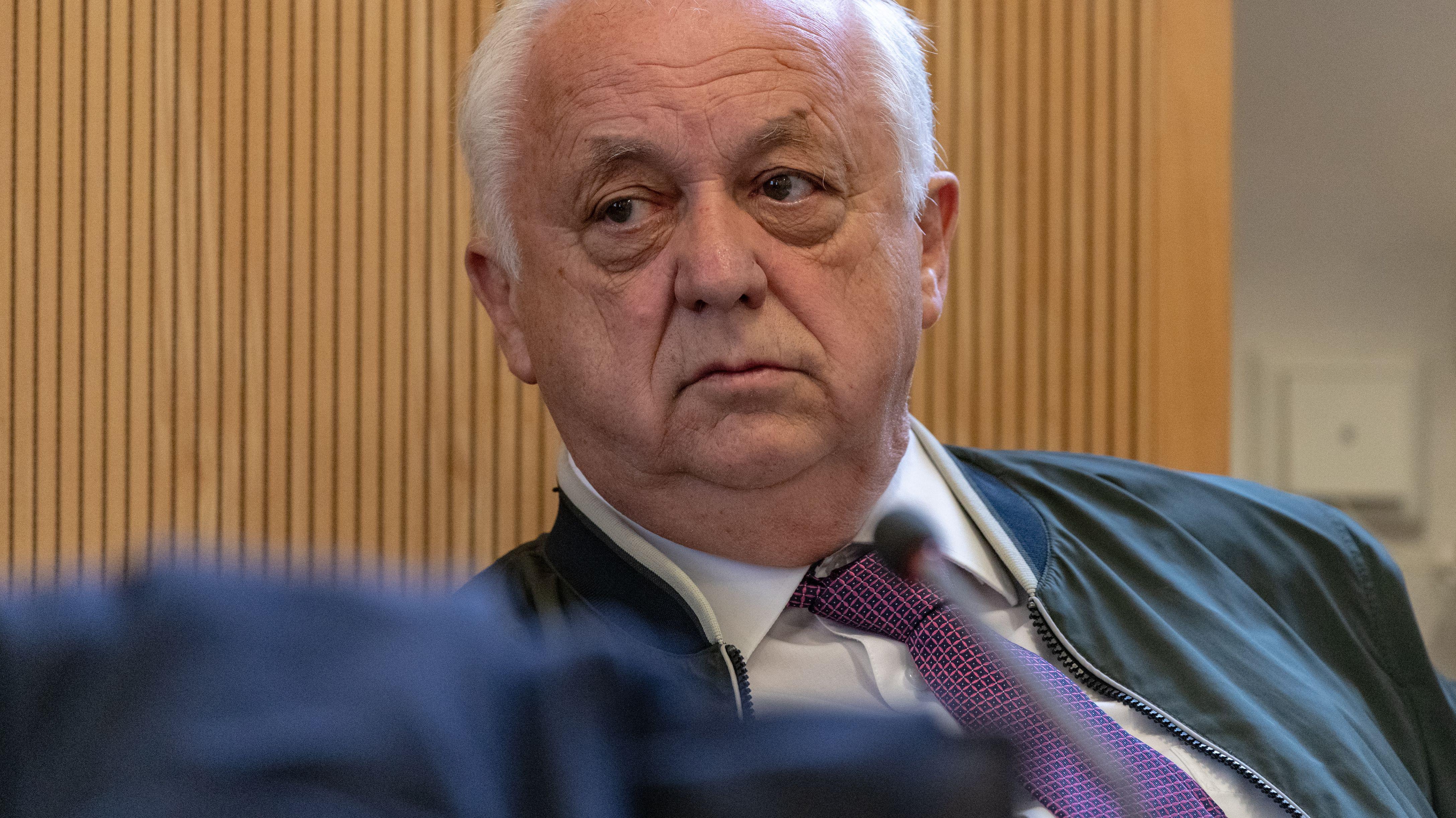 Der frühere Regensburger SPD-Fraktionschef Norbert Hartl. Das Foto stammt aus dem ersten Korruptionsprozess 2019. Damals war Hartl selbst angeklagt.