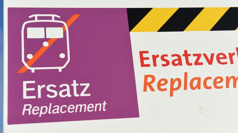 Ersatzhaltestelle für Busse (Symbol)