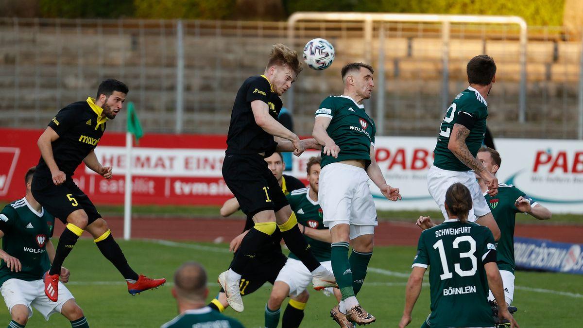 Der FC 05 Schweinfurt gegen die SpVgg Bayreuth im Willy-Sachs-Stadion in Schweinfurt