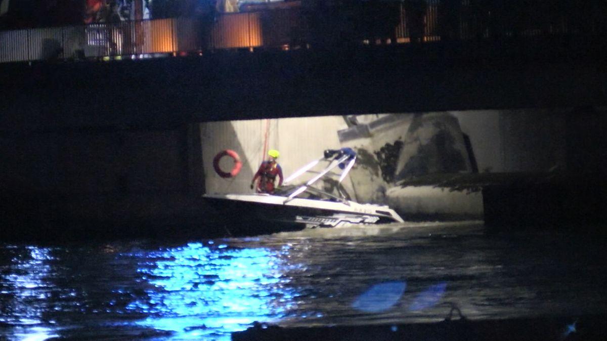 Rettungsaktion am Pfaffensteiner Wehr in Regensburg