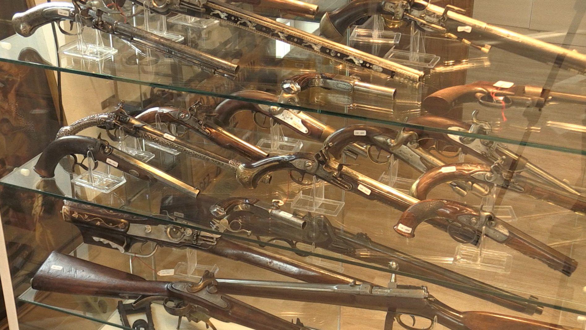 Historische Waffen finden internationales Interesse bei Bietern, bei der Sonderauktion im Auktionshaus Landshuter Rüstkammer