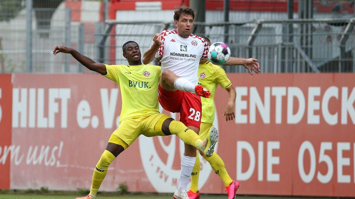 Spielszene 1. FSV Mainz 05 - Würzburger Kickers