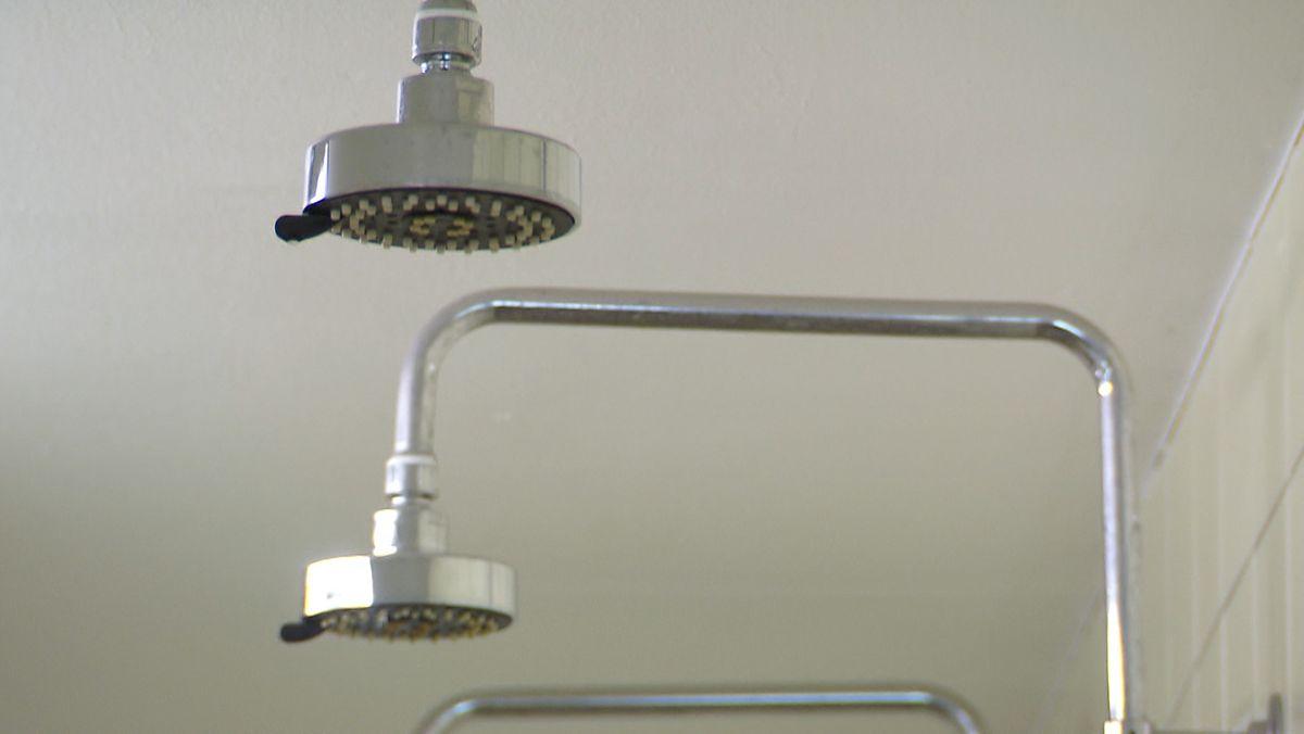 Dusche, Boiler, Wassertank: Legionellen-Gefahr durch Lockdown