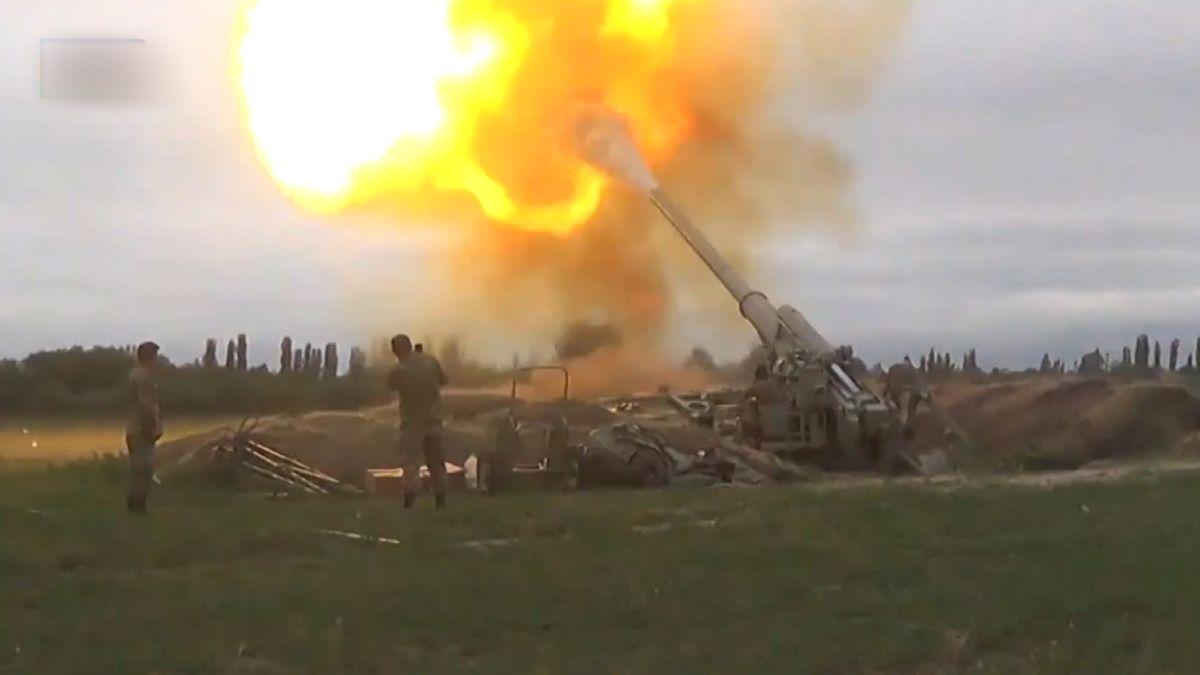 Die schweren Kämpfe zwischen Armenien und Aserbaidschan gehen weiter.