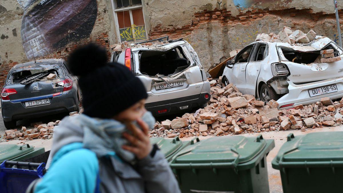 Das Erdbeben zerstörte Autos in der Zagreber Innenstadt.
