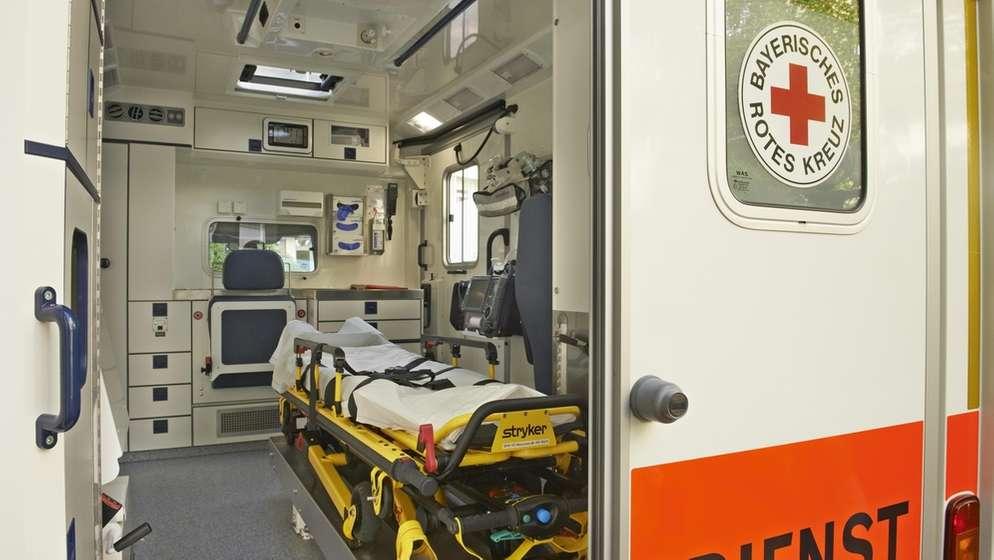 Gewalt gegen Rettungskräfte | Bild:picture-alliance/dpa/Simon Katzer