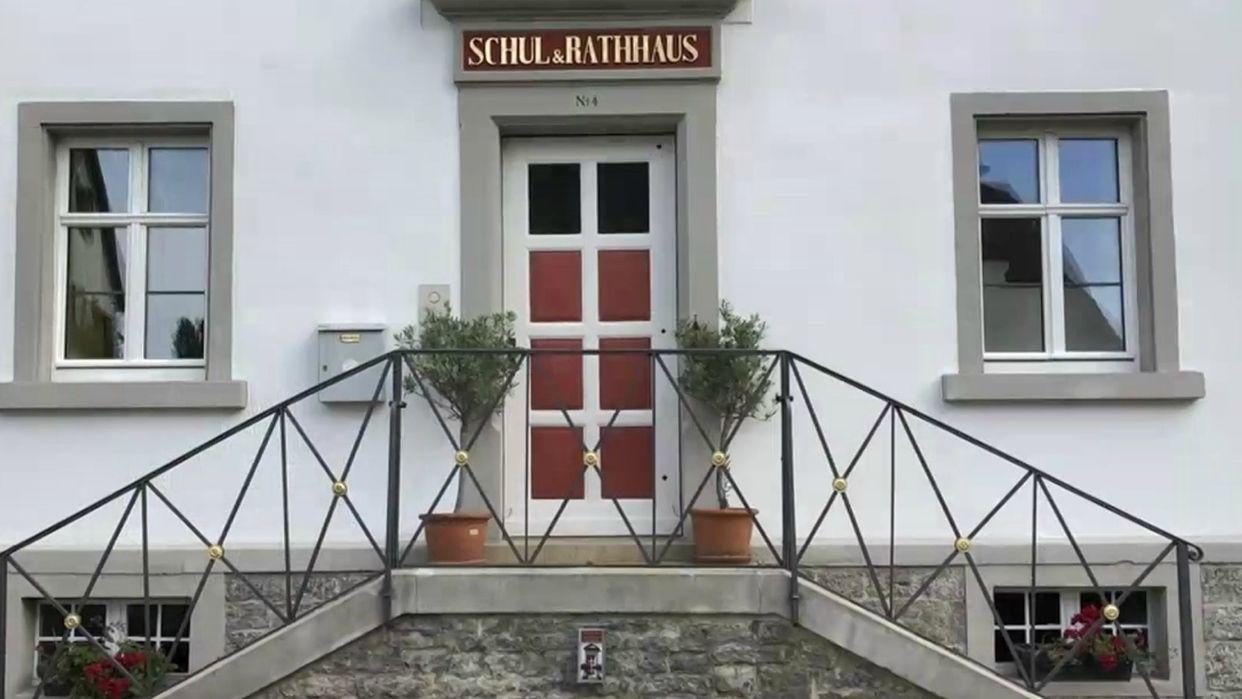 Das sanierte Schul- und Rathaus in Obervolkach