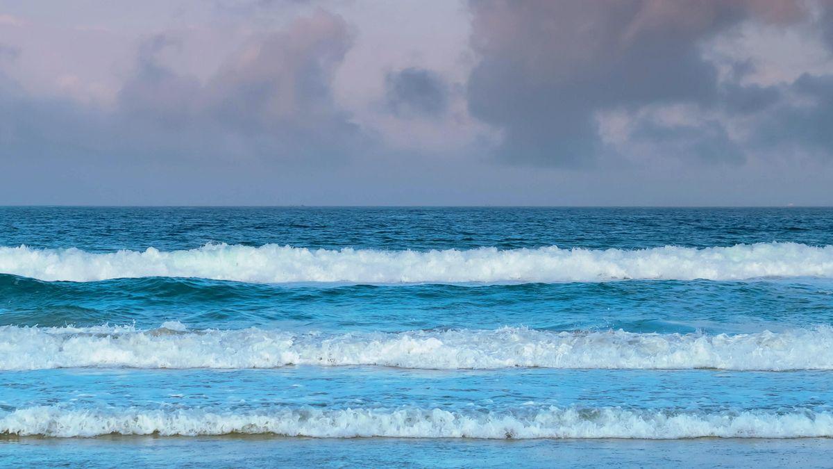 Meer, Himmel und Wolken