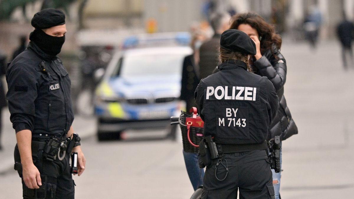 Polizeikontrolle in der Innenstadt
