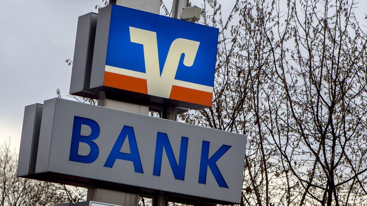 Die 26 Volks- und Raiffeisenbanken in der Oberpfalz unterhalten aktuell noch etwas mehr als 200 Geschäftsstellen. Aber es werden immer weniger.