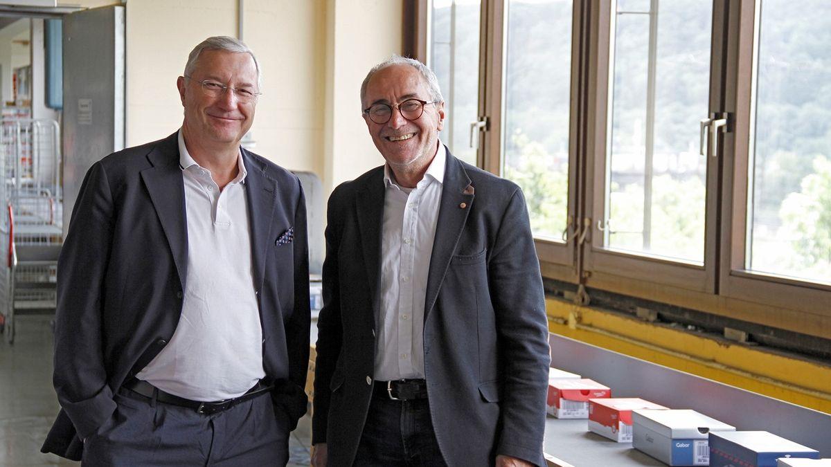 Geschäftsführer Klaus Borst und Karl-Otto Lang vom Modehaus Gebrüder Götz in Würzburg.