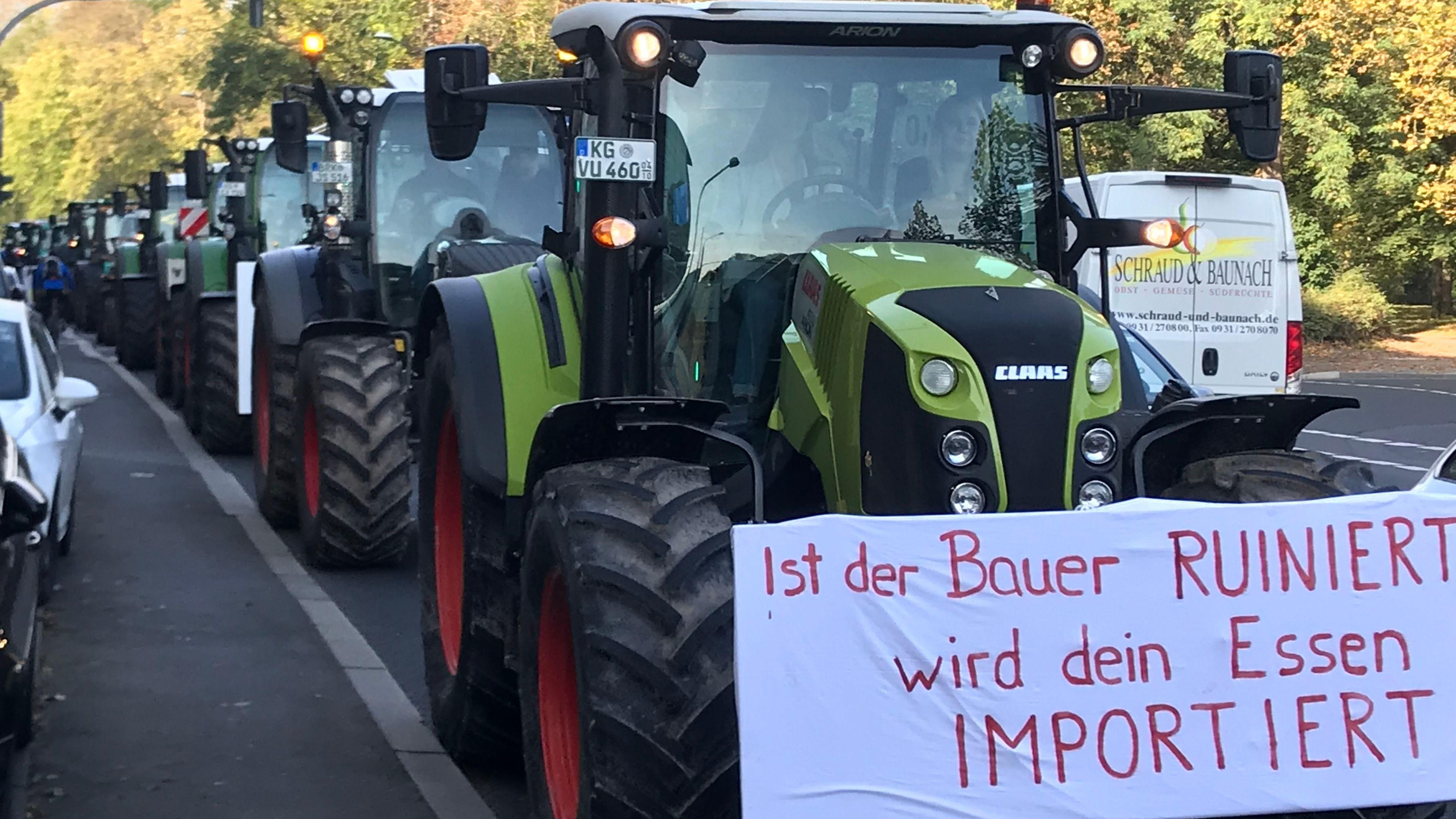 Bayernweit größte Landwirte-Demo in Würzburg