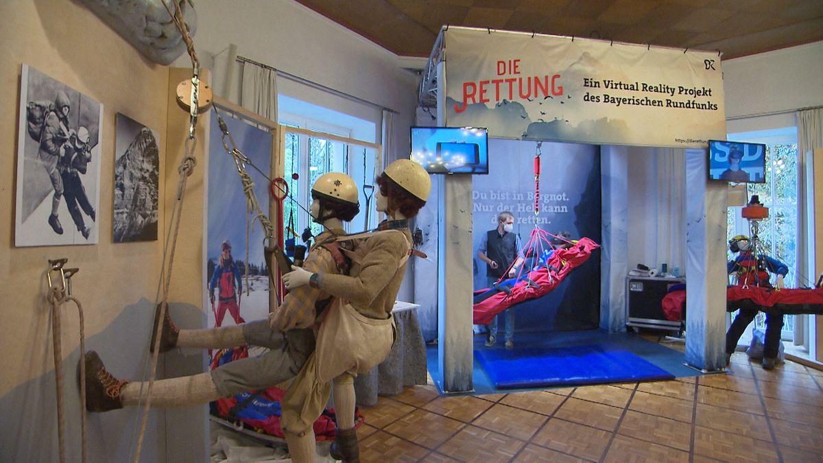Seit 100 Jahren hilft die bayerische Bergwacht vielen Menschen, die in Not geraten sind. Das zeigt auch eine neue Ausstellung auf der Münchner Praterinsel.