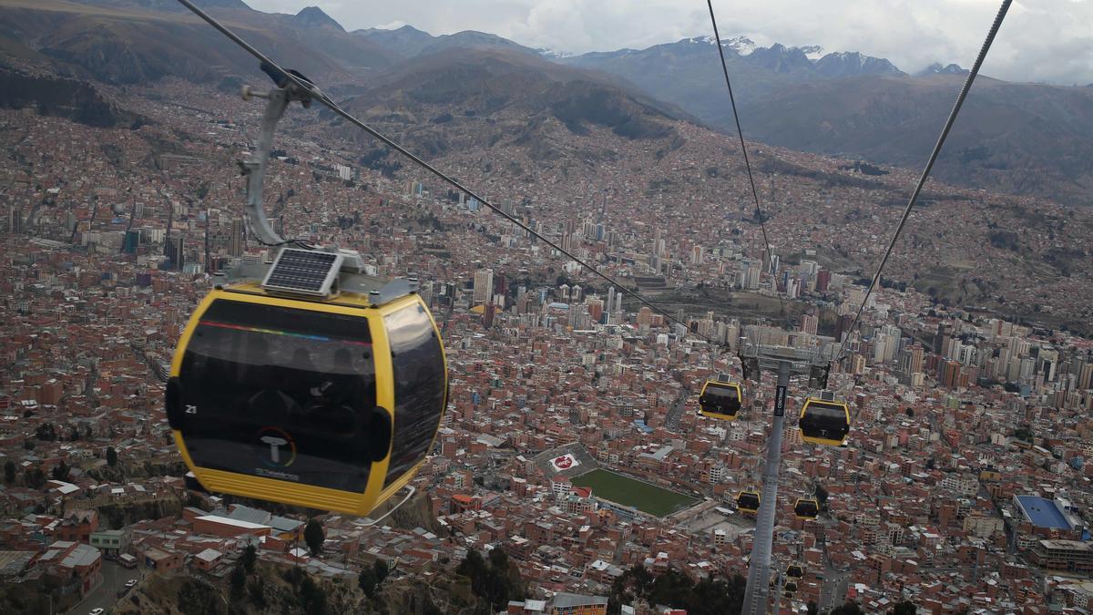 Vielleicht auch bald in München: Die Seilbahn gehört in La Paz, Bolivien, bereits zum Stadtbild