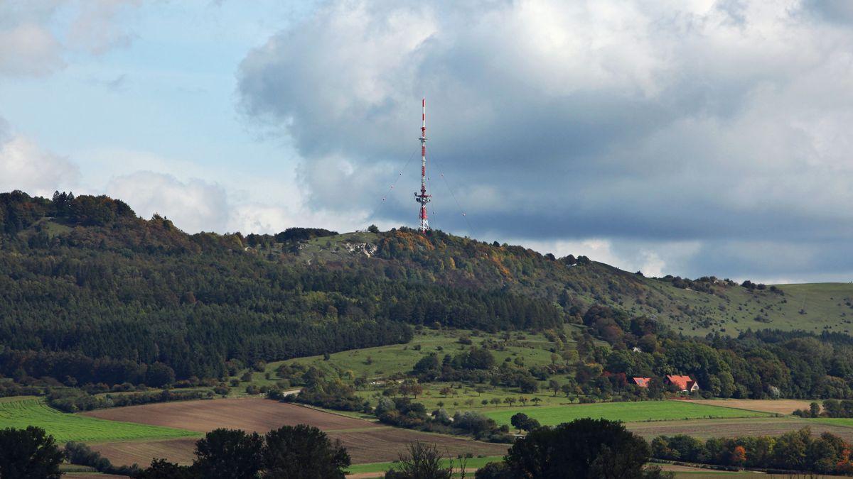 Der Funkturm auf dem Hesselberg