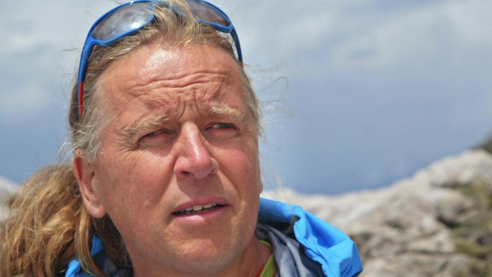 Der blinde Bergsteiger Andy Holzer hat schon den Mount Everest bestiegen. Hier ist er beim Klettern in den Dolomiten.