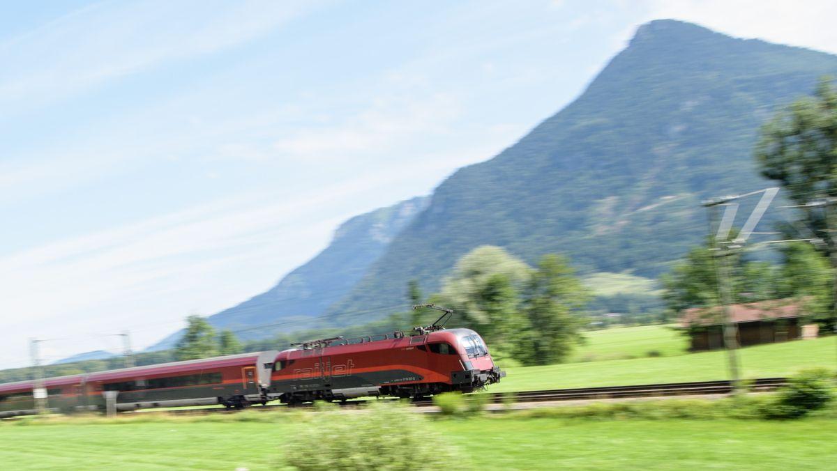 Die Entscheidung der Bahn, den Brenner-Nordzulauf östlich des Inns bauen zu wollen, hat unterschiedliche Reaktionen hervorgerufen.
