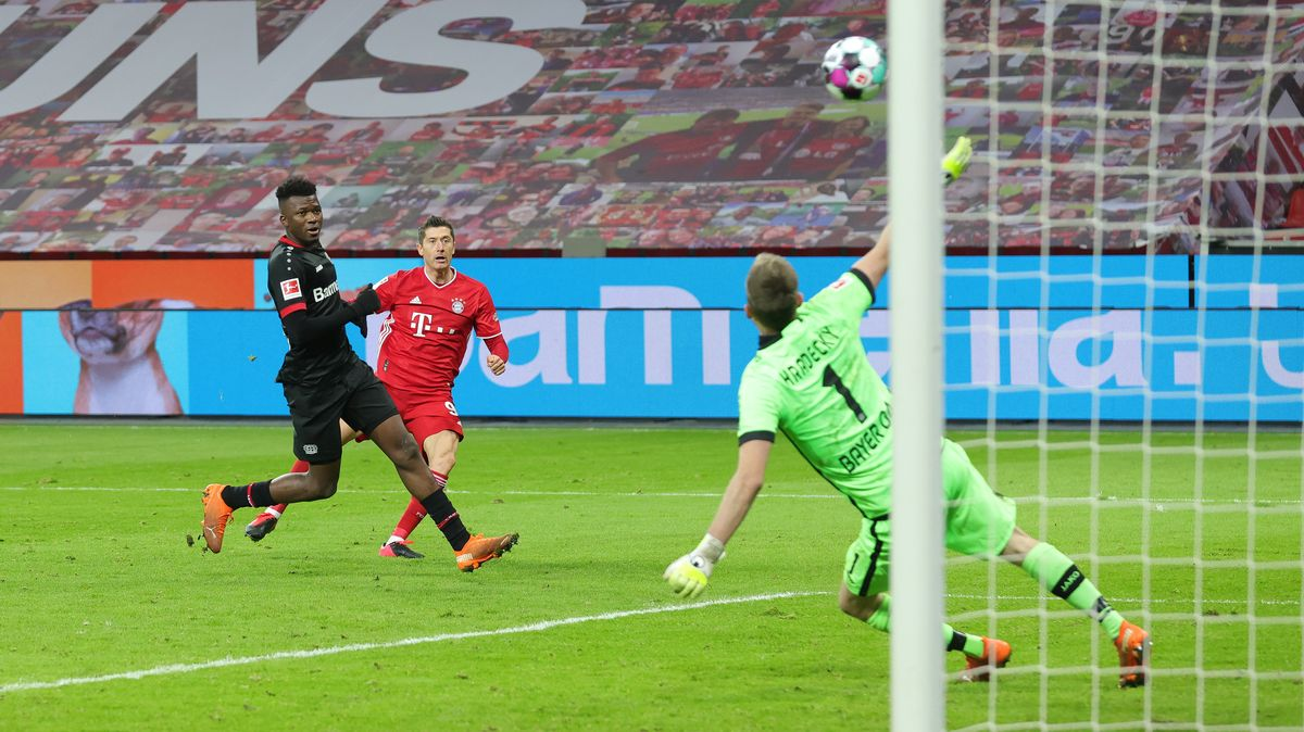 Robert Lewandowski schießt die Bayern vor Weihnachten an die Tabellenspitze