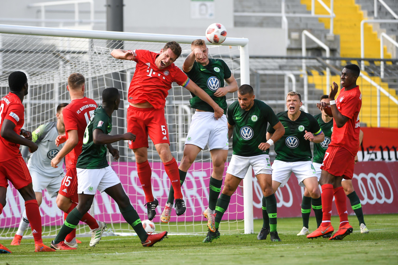 Spielszene FC Bayern München II- VfL Wolfsburg II