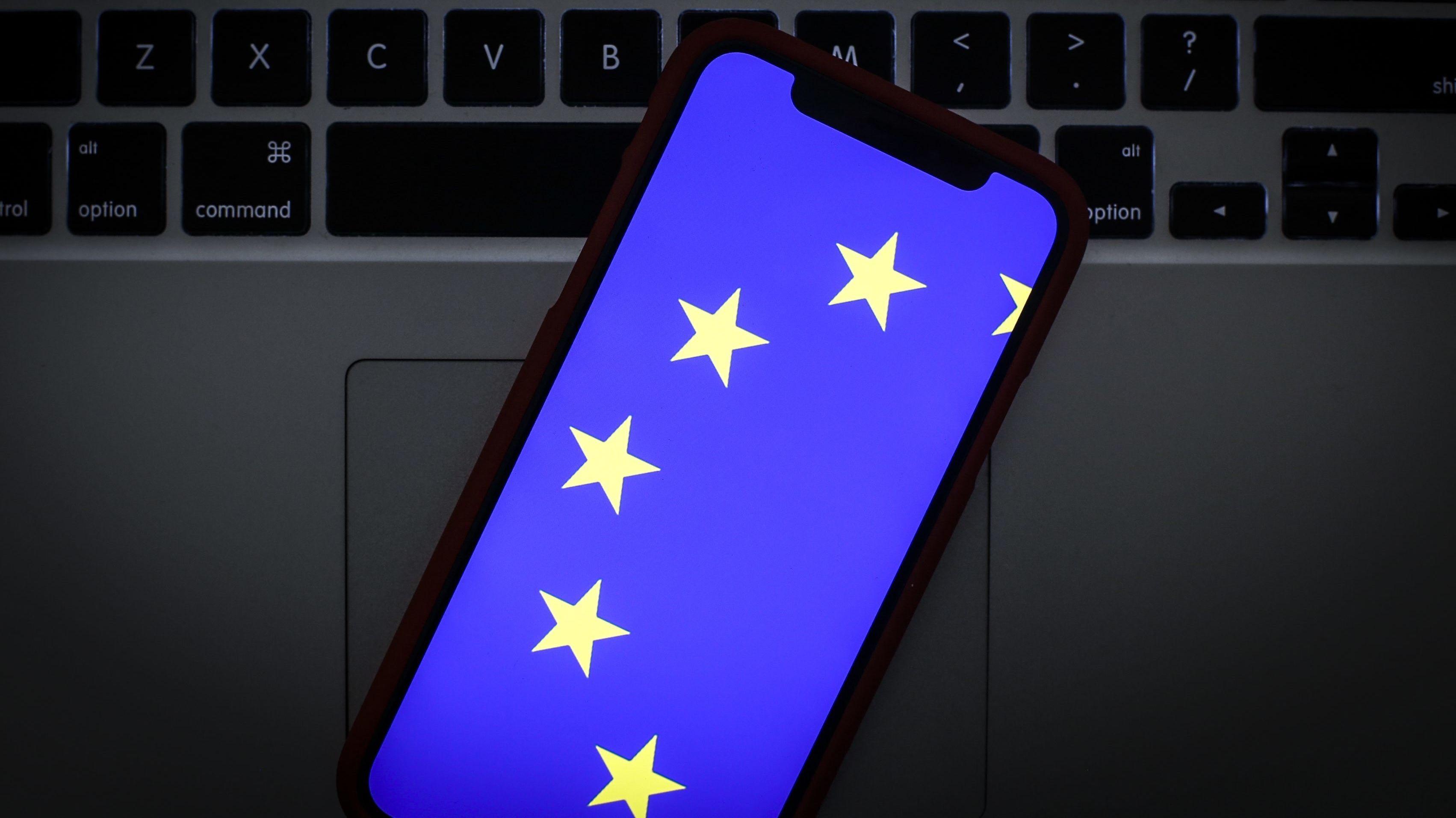 Zur Europawahl bereitet sich die EU vermehrt auf mögliche Fake-Kampagnen vor.