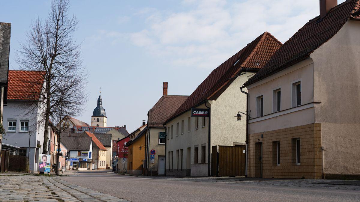 Leere Straße im bayerischen Mitterteich: Die Region Tirschenreuth war einer der Corona-Hotspots.