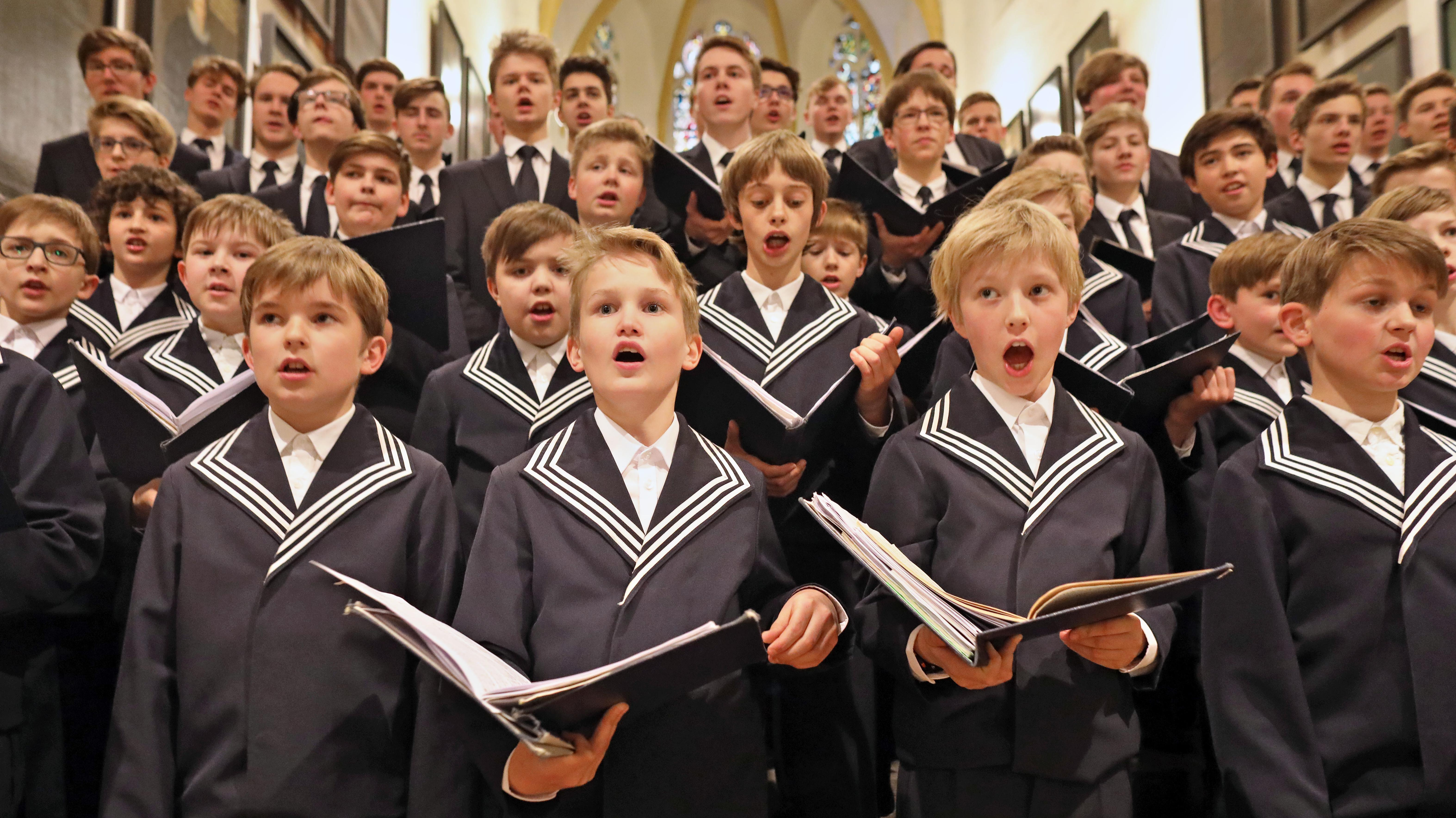Der Thomanerchor singt am 05.05.2017 zur Freitagsmotette in der Thomaskirche in Leipzig.