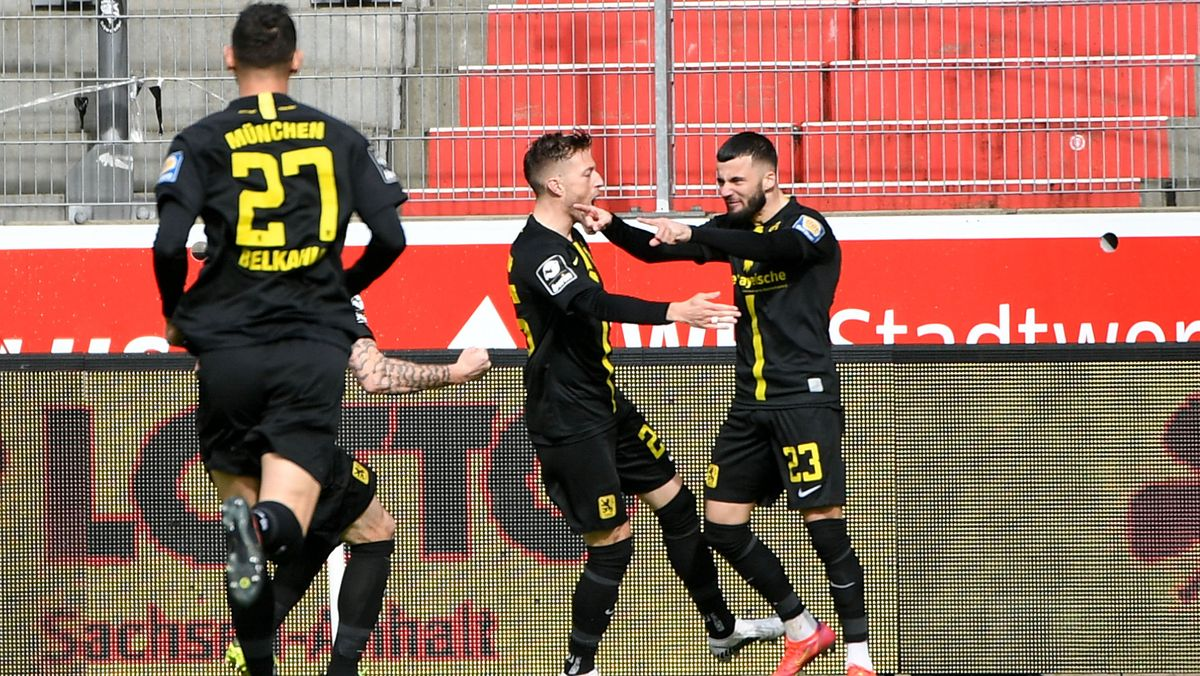 TSV 1860 München jubelt