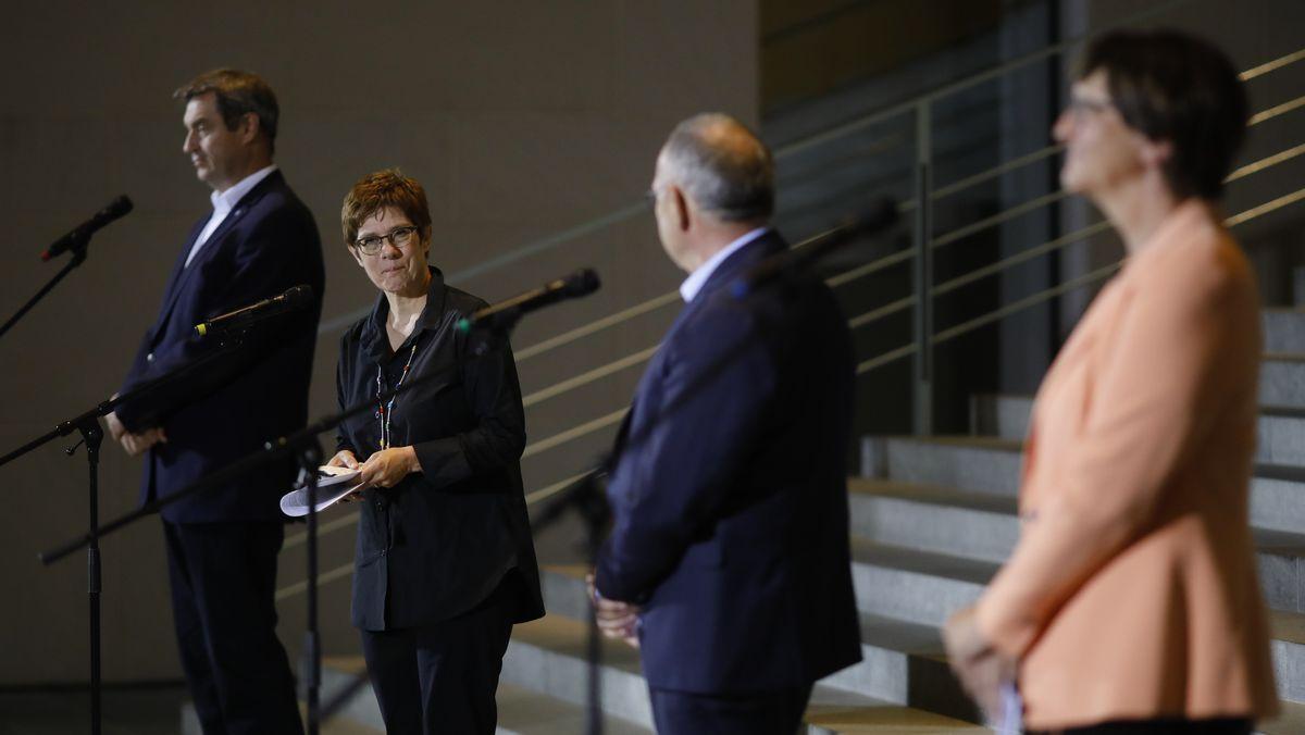 Die Vorsitzenden von CSU, CDU und SPD nach dem Koalitionsausschuss.