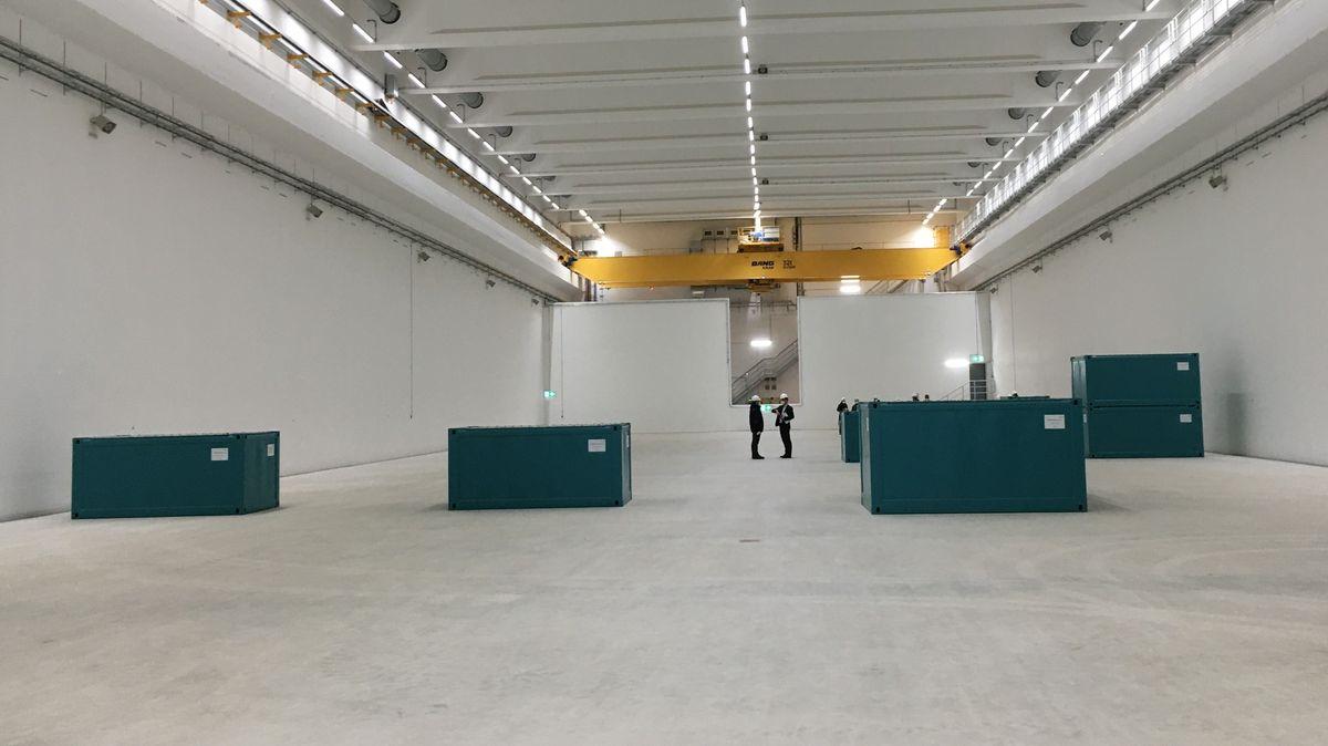 Halle als Zwischenlager für schwach- und mittelradioaktive Abfälle in Grafenrheinfeld.