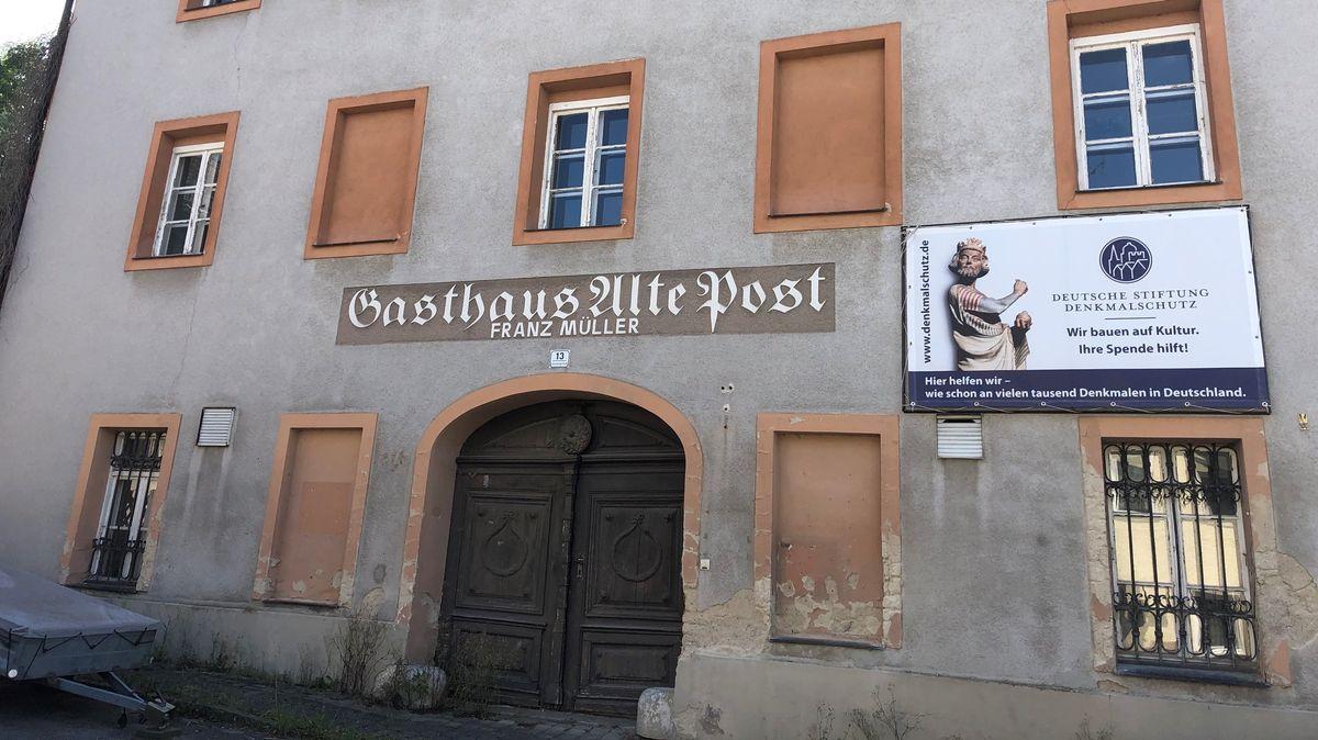 """Die Sanierung des Gasthauses """"Alte Post"""" in Triftern ist nun doch gesichert"""