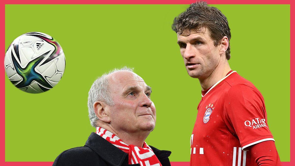 Thomas Müller blickt fokussiert im Bayern-Trikot einen Fußball an. Uli Hoeneß blickt ihn dabei unterhalb bewundernd an.