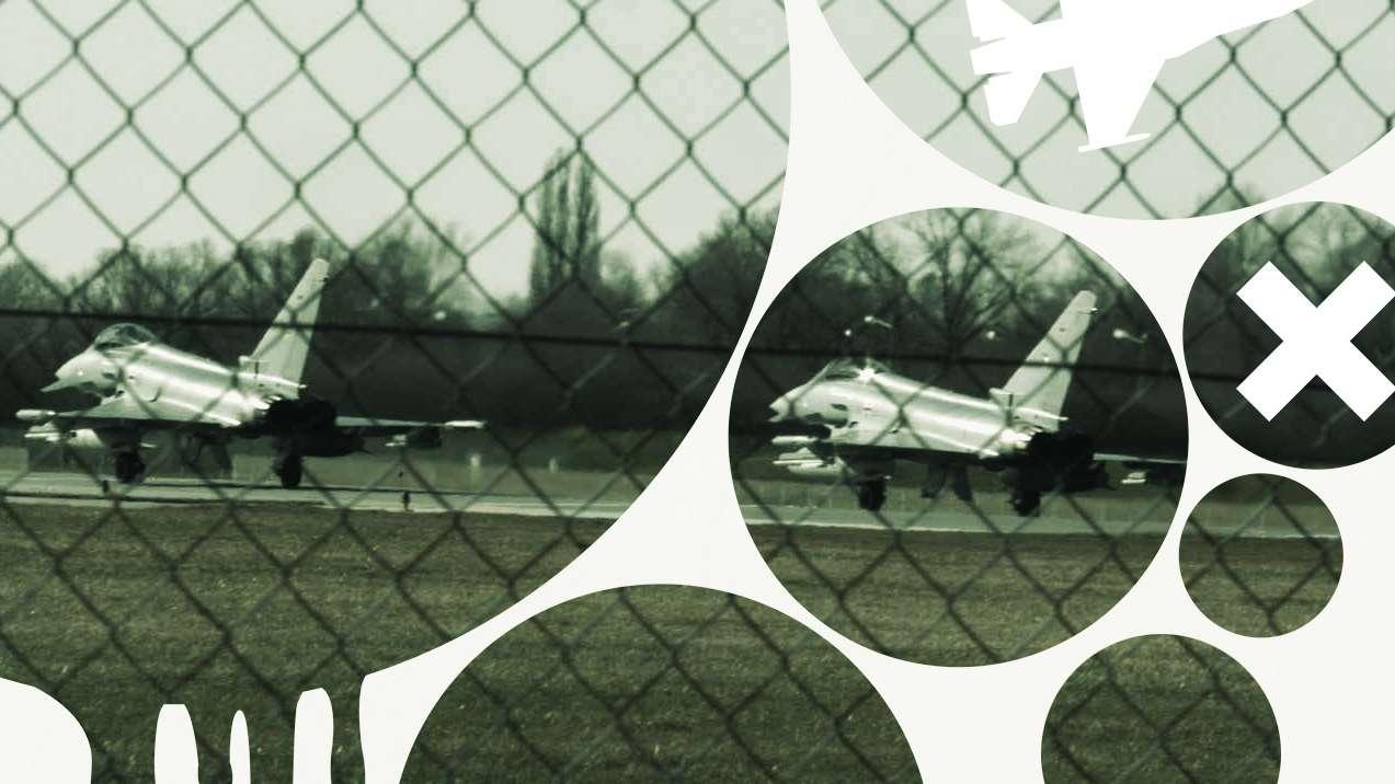 Flugzeuge der Bundeswehr auf einer Startbahn