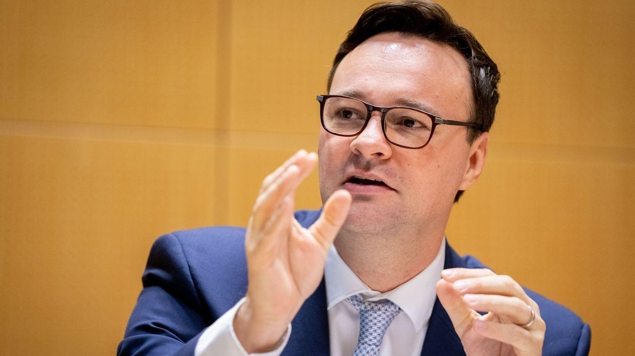 Oliver Luksic, verkehrspolitischer Sprecher der FDP-Fraktion
