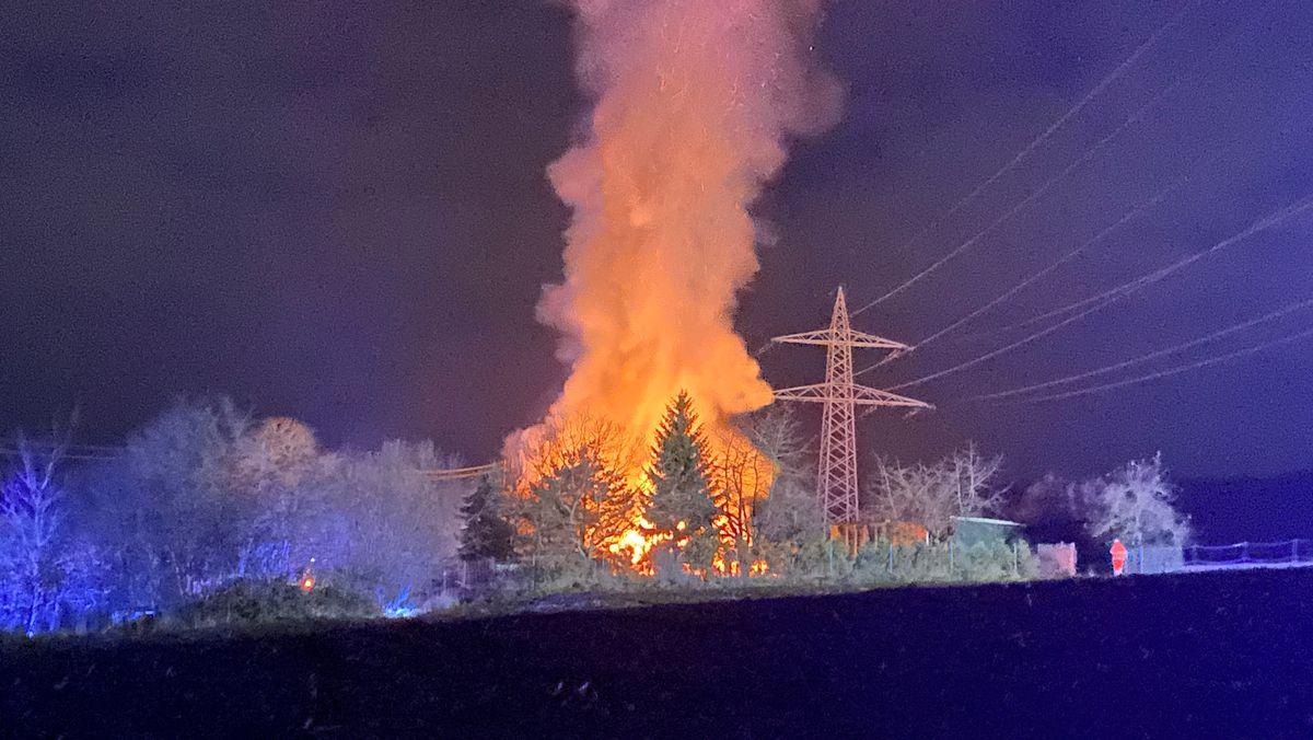 Scheune in Schwabach-Oberbaimbach brennt