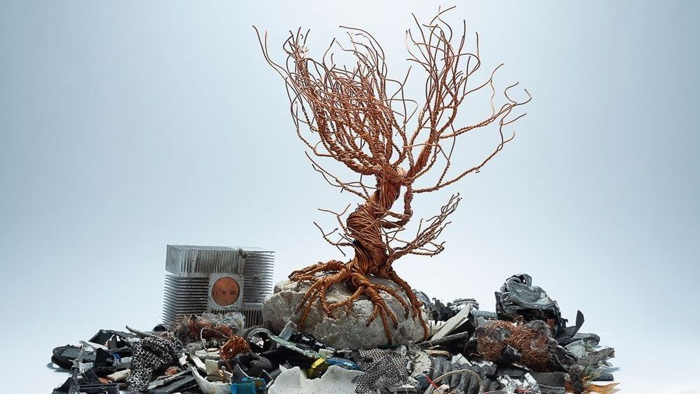 Müllberg aus Elektroschrott
