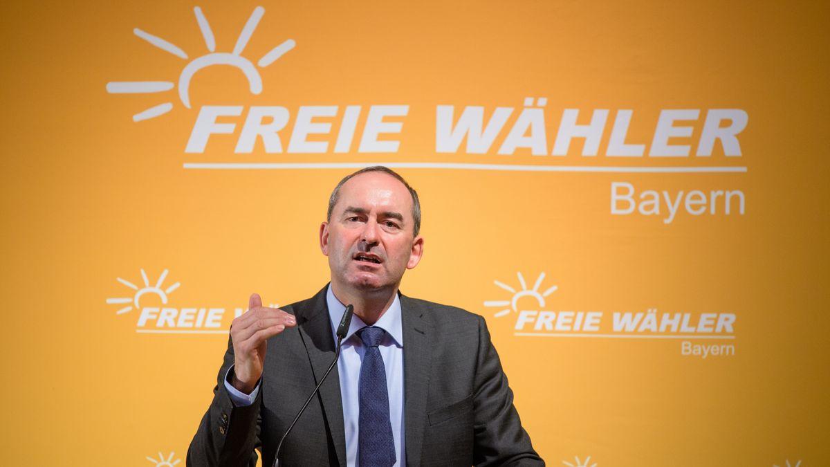 Freie-Wähler-Chef Hubert Aiwanger auf dem Parteitag 2018 in Regensburg