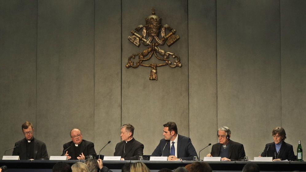 Pressekonferenz in Rom zum bevorstehenden Missbrauchs-Treffen im Vatikan | Bild:dpa-Bildfunk / Gregorio Borgia