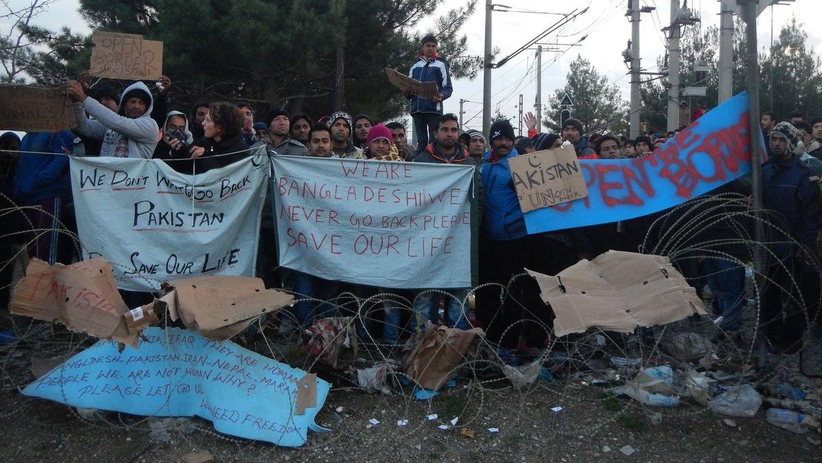 26. November 2015, Grenze Griechenland/Nordmazedonien, Idomeni.