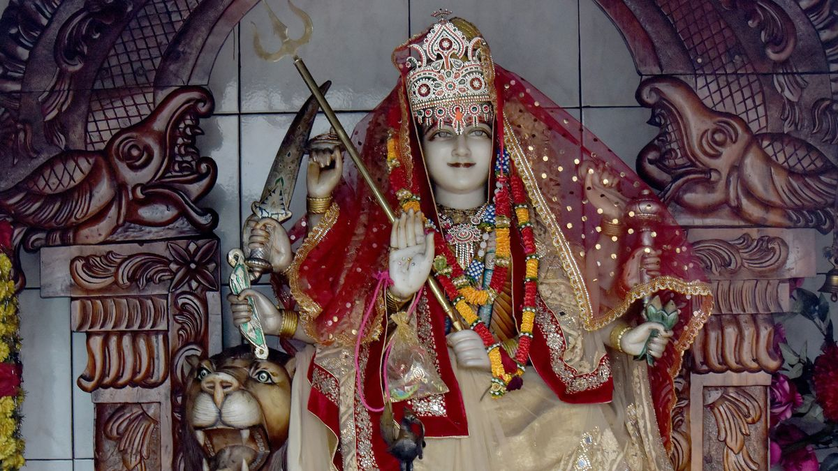 Eine hinduistische Gottesstatue