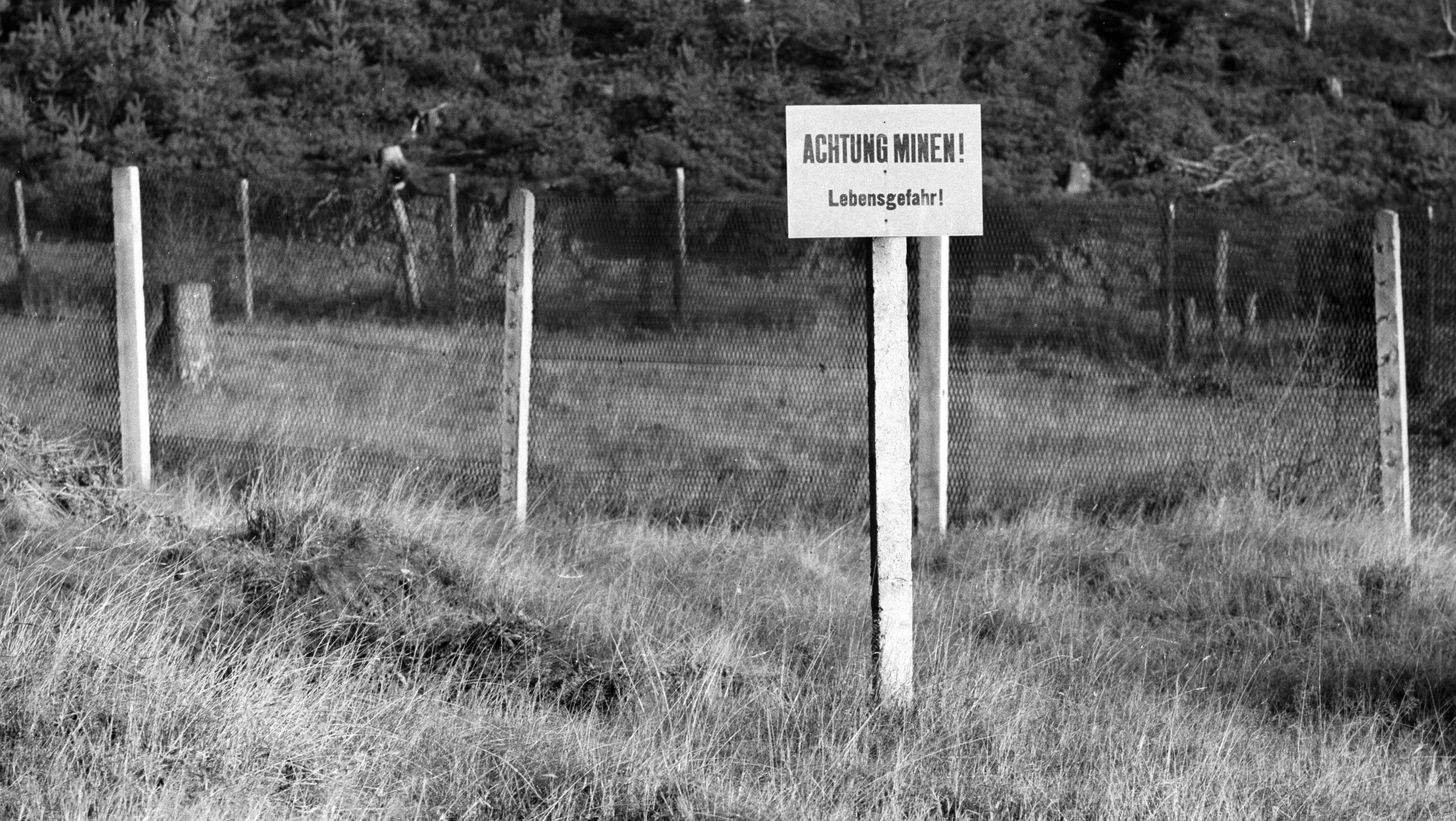Minenfeld an der DDR-Grenze (Aufnahme aus dem Jahr 1968)