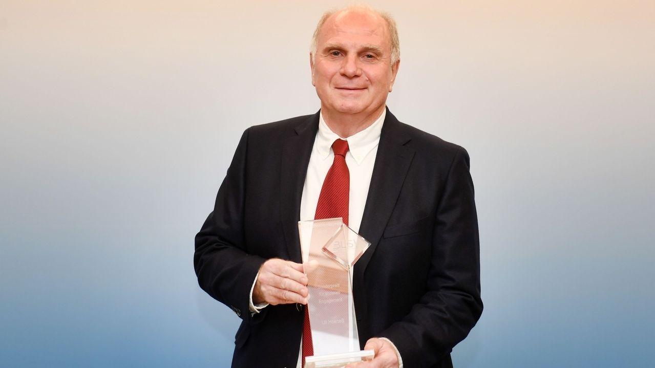 Uli Hoeneß ist mit dem BLSV-Ehrenamtspreis ausgezeichnet