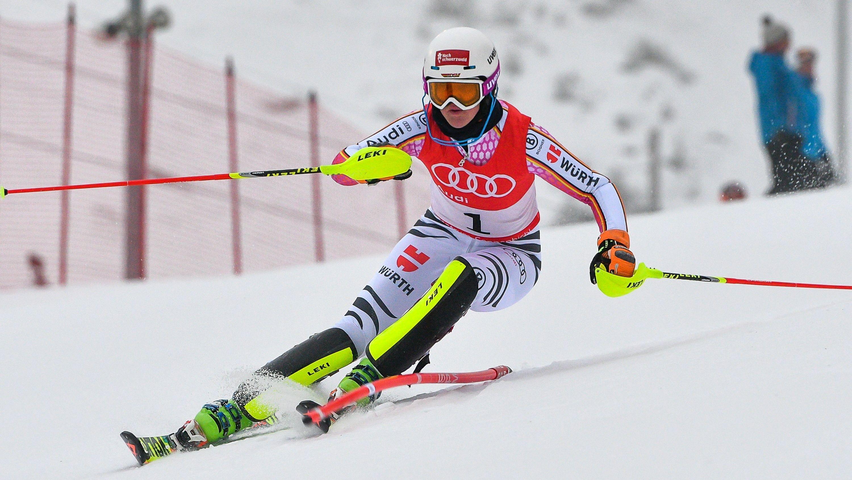 Maren Wiesler beim Slalom Europacup 2017 am Sonnenbichl in Bad Wiessee, als genug Schnee lag