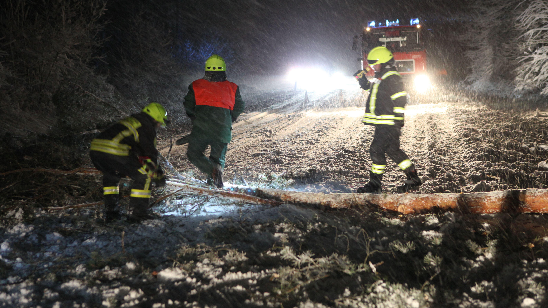 Dauereinsatz der Feuerwehr, wie hier im Landkreis Ansbach